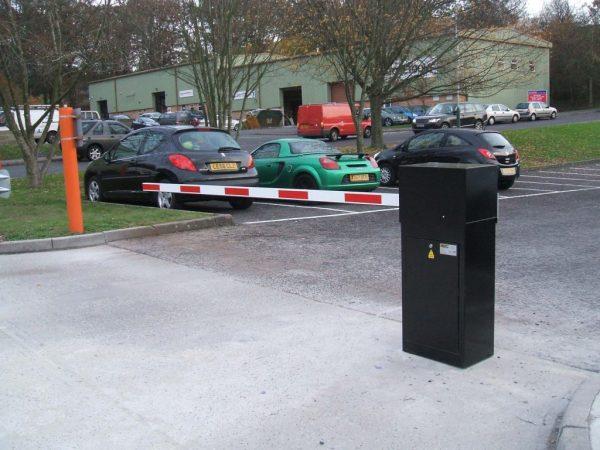 راهبند پارکینگ خارجی قیمت